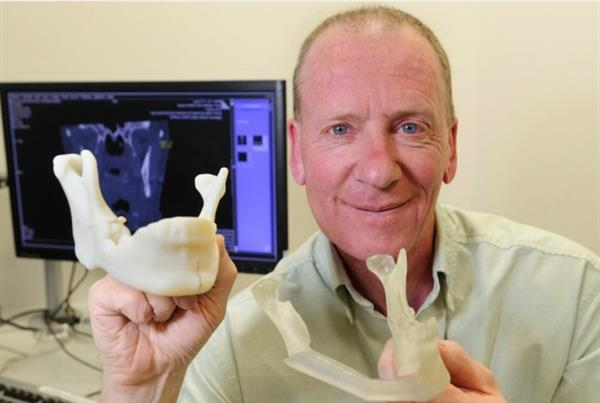 uk-cancer-patient-receives-new-jaw-thanks-to-3d-printing-1.jpg