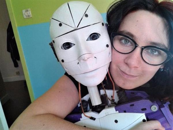 i-do-robot-woman-marry-3d-printed-robot-she-designed-1.jpg